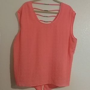 Pink detailed flowy top